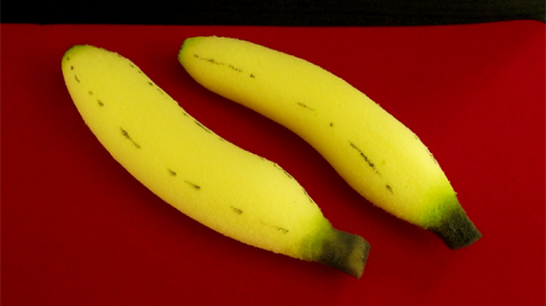 Sponge Bananas (medium/2 pieces) by Alexander May - Trick