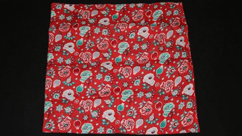 Devil's Hanky (17 inch  x 17 inch pattern) by Mr Magic - Fazzoletto del Diavolo
