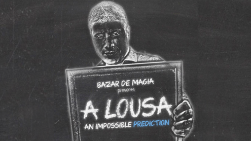 A Lousa (Gimmicks and Online Instructions) by Alejandro Muniz - Trick