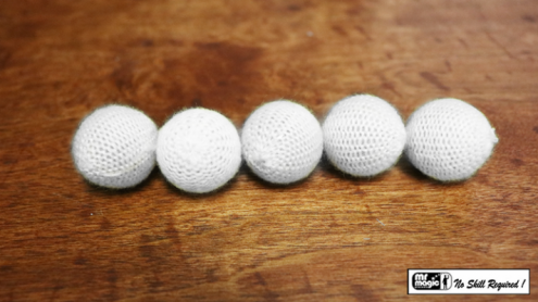 "Crochet 5 Ball combo Set (1""/White) by Mr. Magic - Trick"
