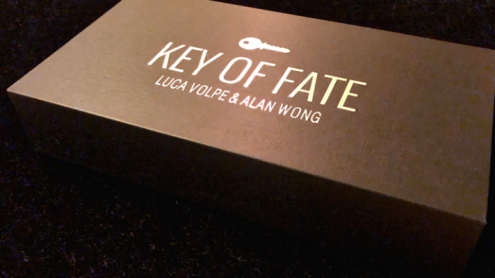 The Key of Fate (Gimmicks and Online Instructions) - Trick