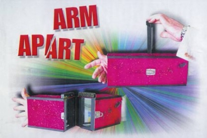 Arm Apart - Braccio Tagliato
